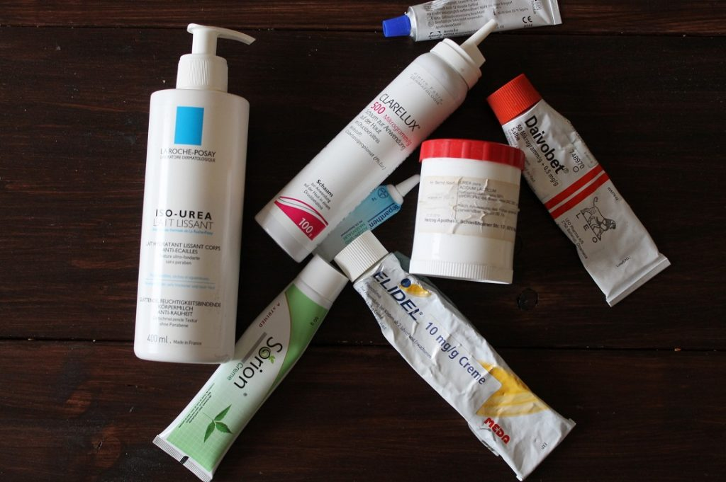 Salbe, Creme und Lotion: Die richte Hautpflege bei Schuppenflechte
