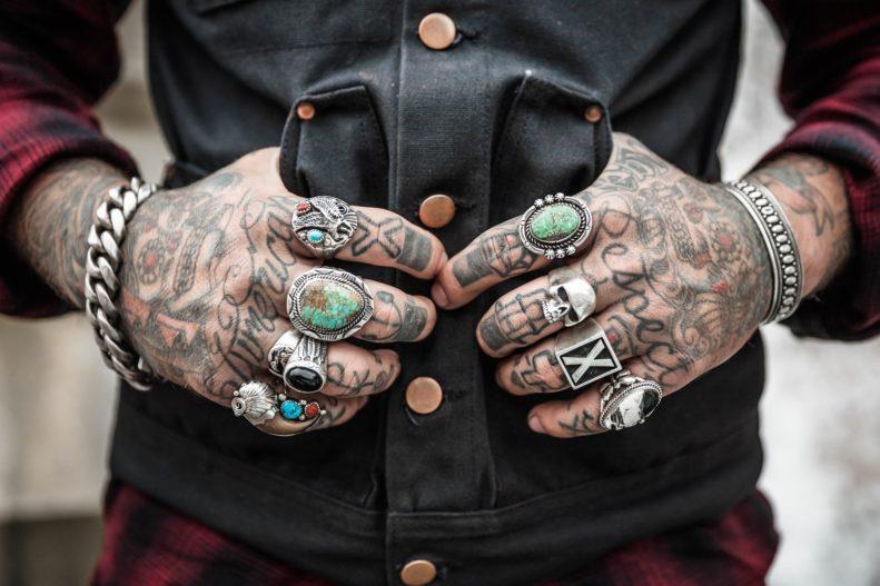 Kann ich mir mit Psoriasis ein Tattoo stechen lassen?