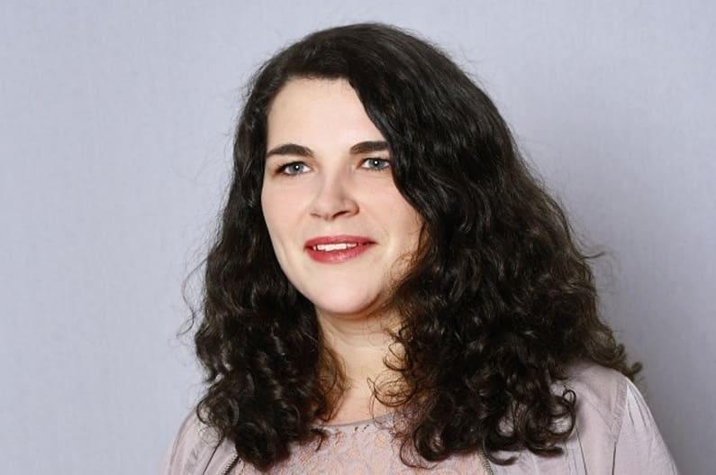 Hallo! Ich bin Julia – die Neue bei Farbenhaut!