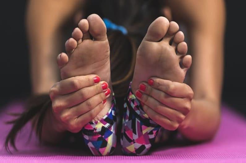 7 effektive Tipps zur Linderung von Psoriasis an den Fußsohlen
