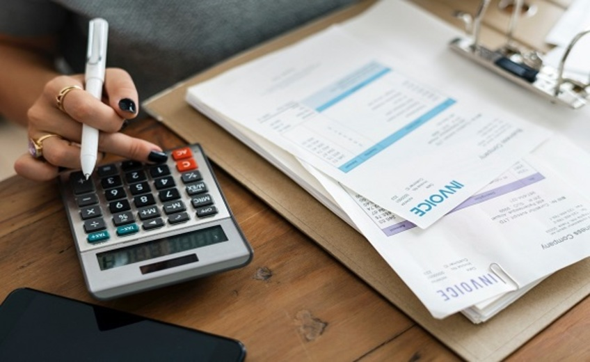 Finanzielle Belastung durch Schuppenflechte – Was kann ich dagegen tun?