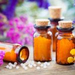 Wirksame Schuppenflechte Homöopathie Mittel als begleitende Unterstützung einer Schuppenflechte Therapie