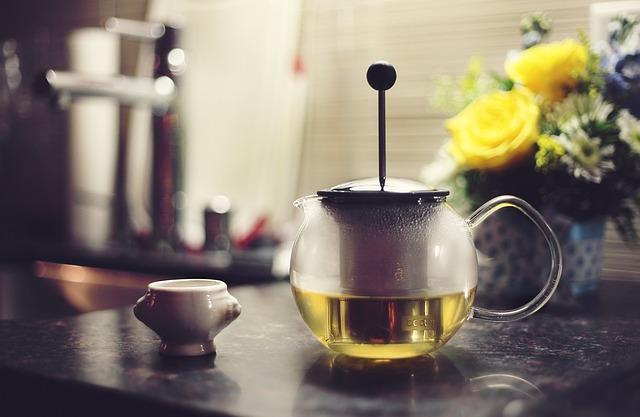 Grüner Tee – Allzweckwaffe auch bei Schuppenflechte?