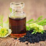 Schwarzkümmelöl Schuppenflechte Farbenhaut