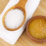 Honig-Meersalz-Peeling