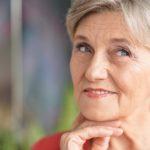Psoriasis im Alter: Wie Senioren Schuppenflechte behandeln und lindern können