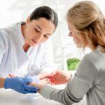 Effloreszenz: Hautveränderungen zur Diagnose von Erkrankungen
